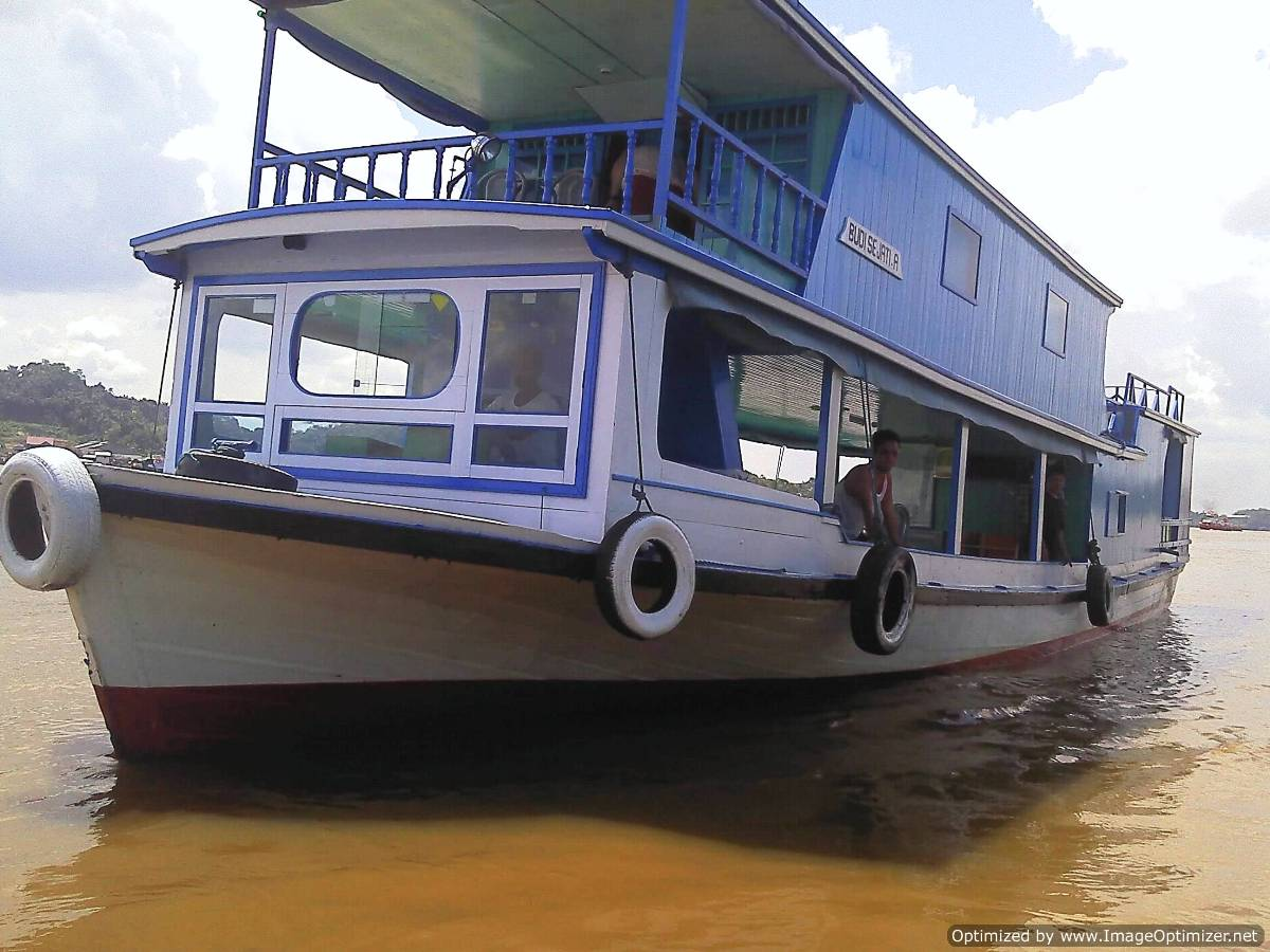 mahakam river cruise, mahakam river houseboat tour, mahakam river sail, mahakam river trip, mahakam safari, kalimantan river cruise, tour, trip, safari, journey, borneo, indonesia